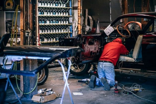 鋳造の工程はマシンの故障